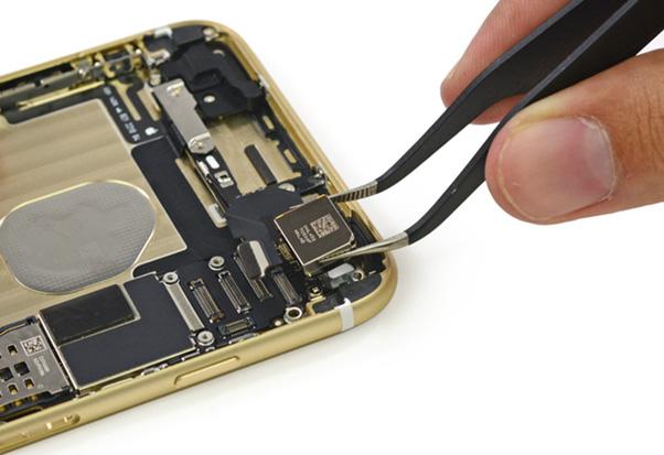 thay-ic-iphone